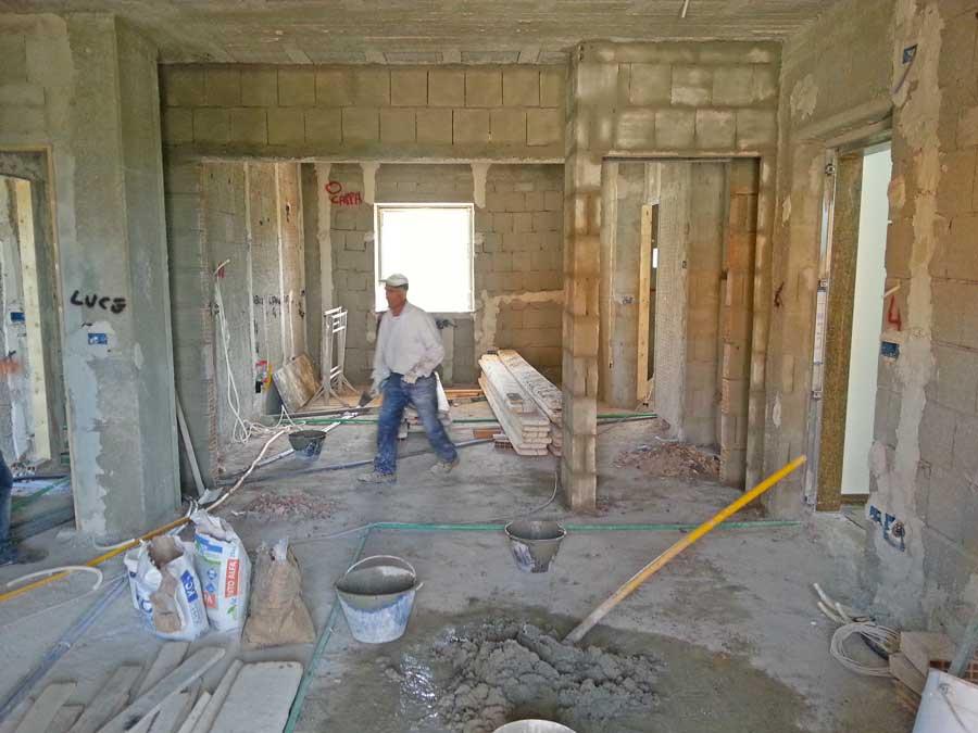 Ristrutturare casa le 7 fasi in cantiere costruzioni muri