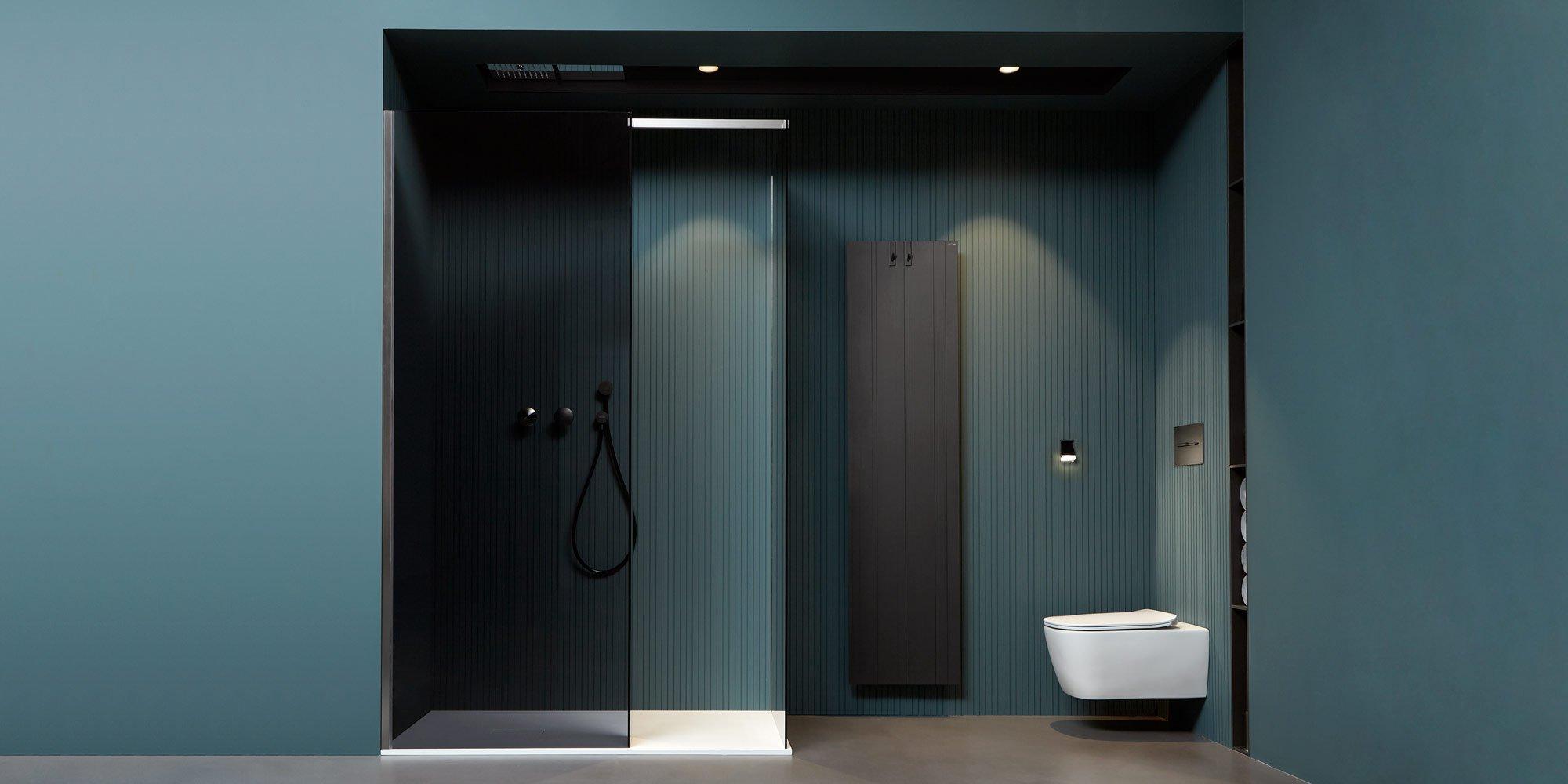 Stanza da bagno con doccia Walk In